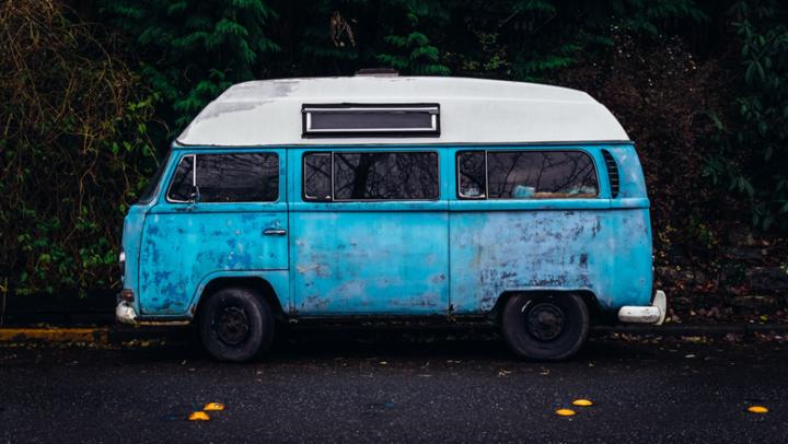 7 motivos para hacer un viaje con tus amigos encaravana